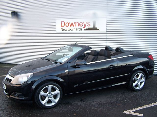 2007 vauxhall astra 1 6 twin top convertible sport used. Black Bedroom Furniture Sets. Home Design Ideas