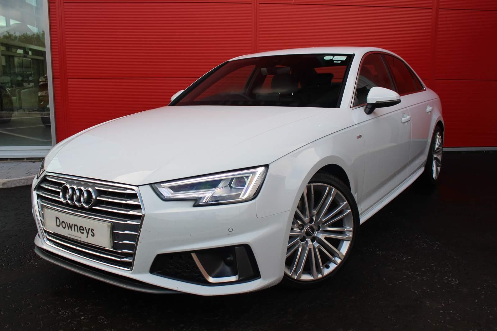 Audi A4 S LINE 35 TFSI S-A