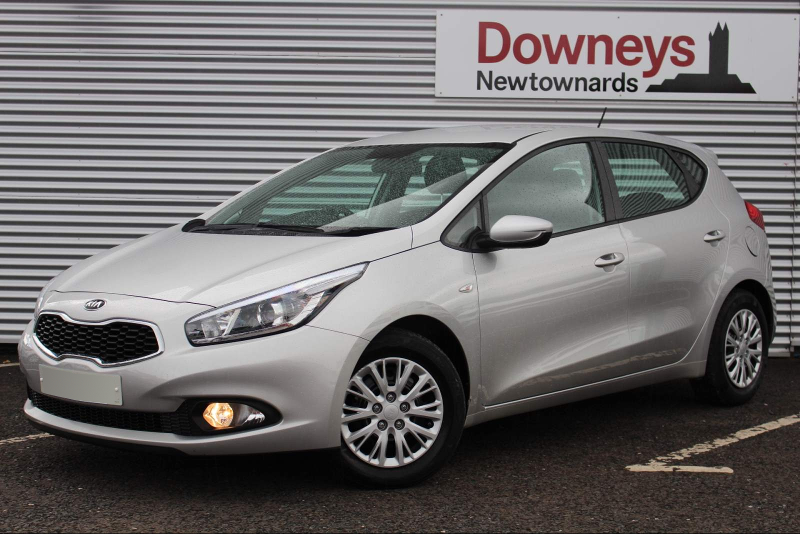 Kia CEED 1 ECODYNAMICS 1.6 CRDI FULL KIA WARRANTY UNTIL AUGUST 2022