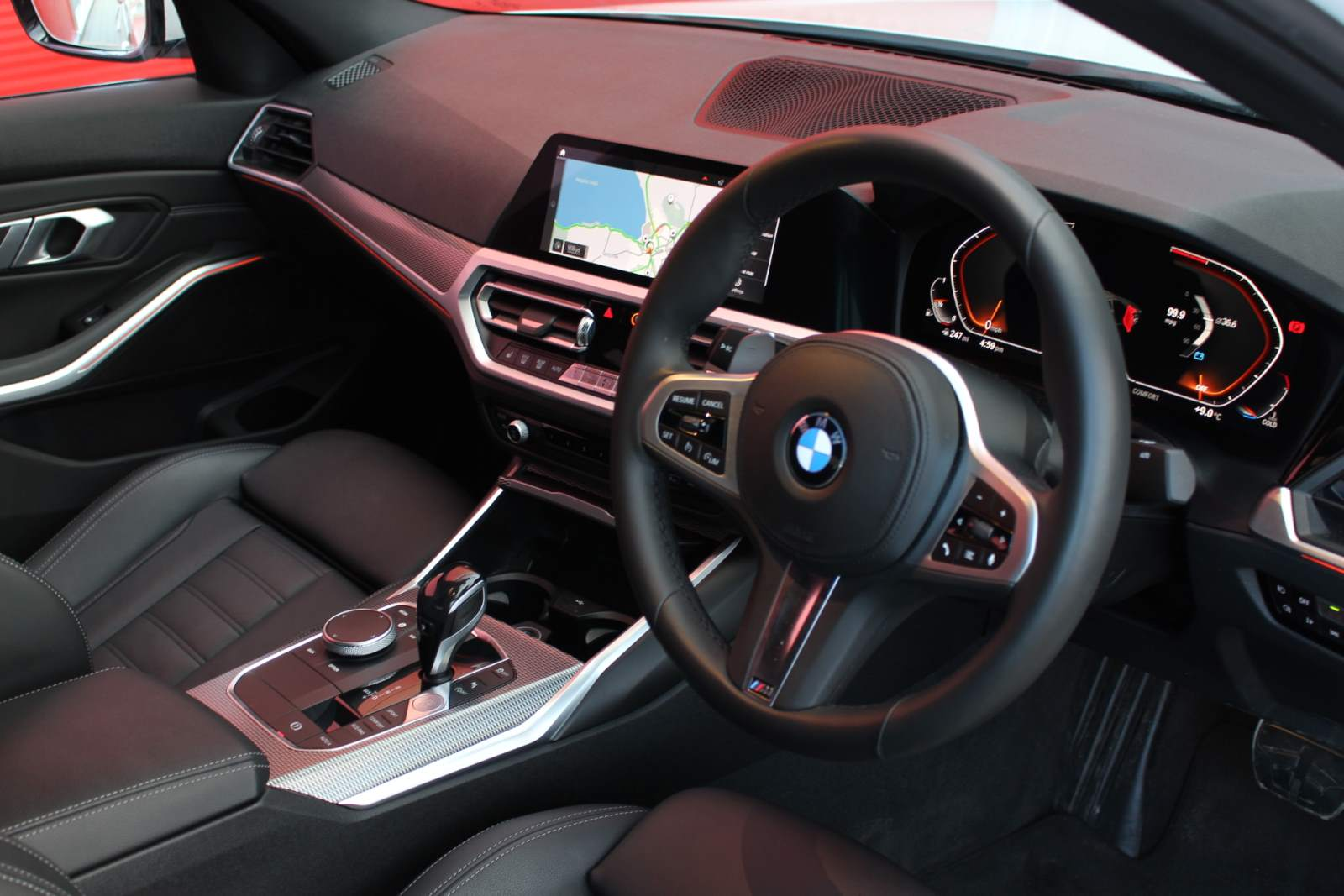 BMW 320I M SPORT AUTO (PLUS PACK)