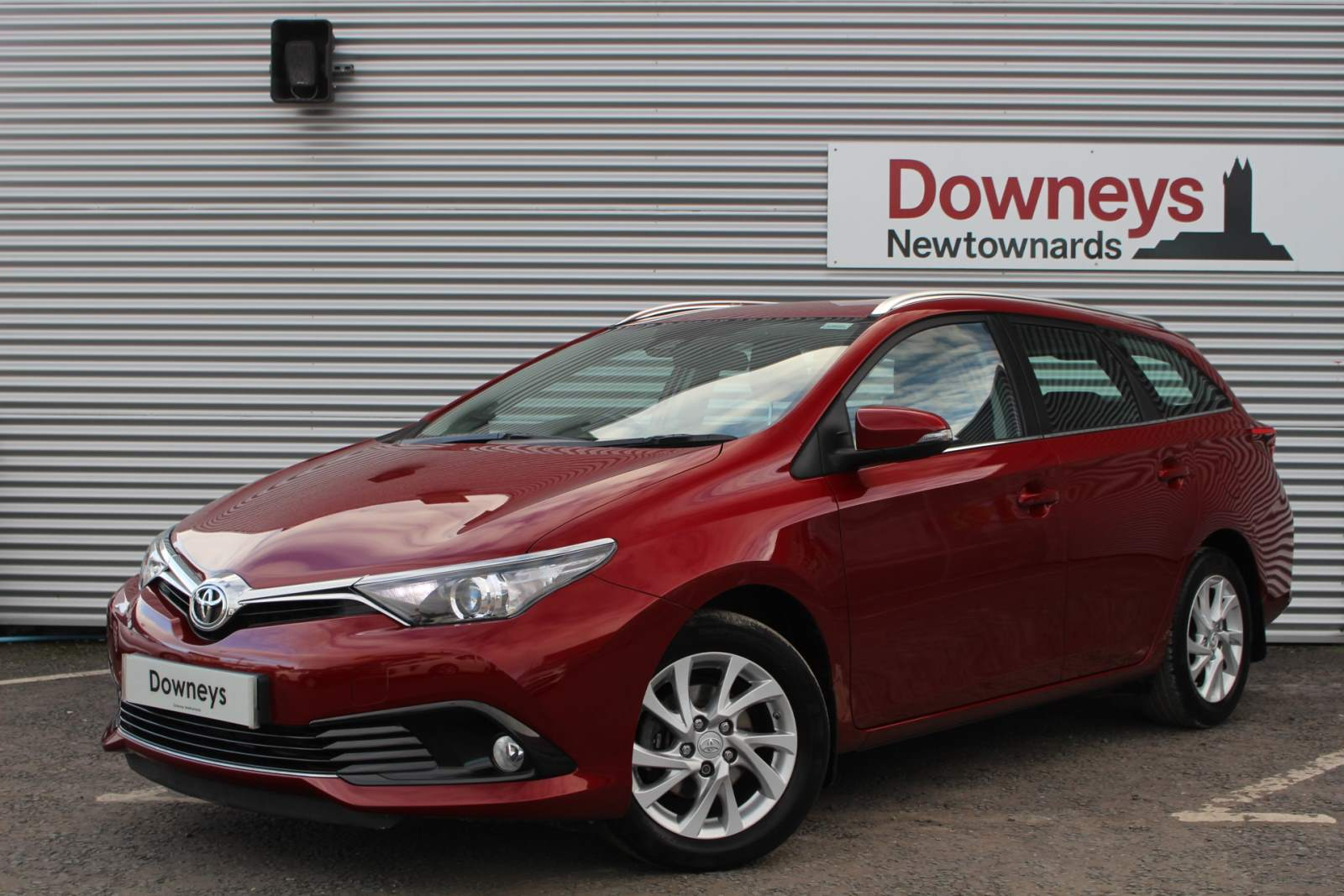Toyota AURIS 1.2 ICON TSS VVT-I ESTATE FULL MANUFACTURERS WARRANTY UNTIL FEB 2022