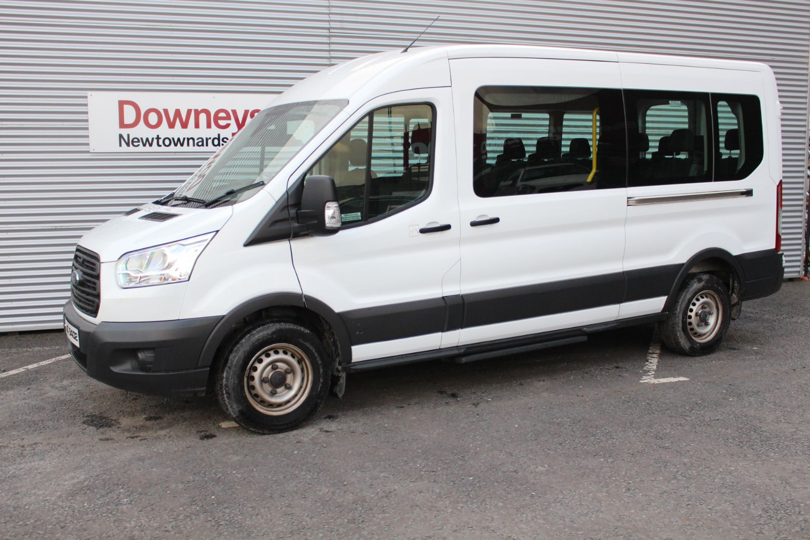 Ford TRANSIT 2.2 TDCi 410 ECONETIC TECH 14 SEATER MINIBUS